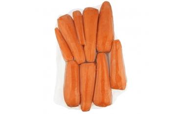 Морковь очищенная в вакуумной упаковке