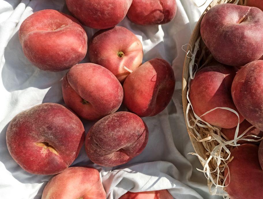 Персик инжирный: фото 2 - FreshMart